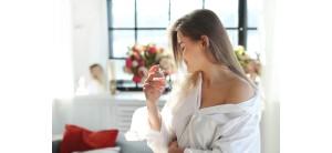 <Как правильно пользоваться парфюмом? Как наносить духи?