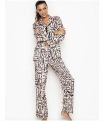 Сатиновая пижама Victoria's Secret Satin PJ Set LOVE print