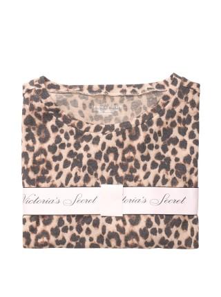 Пижама Виктория Сикрет The Cozy Knit Crewneck & Short Set Leopard
