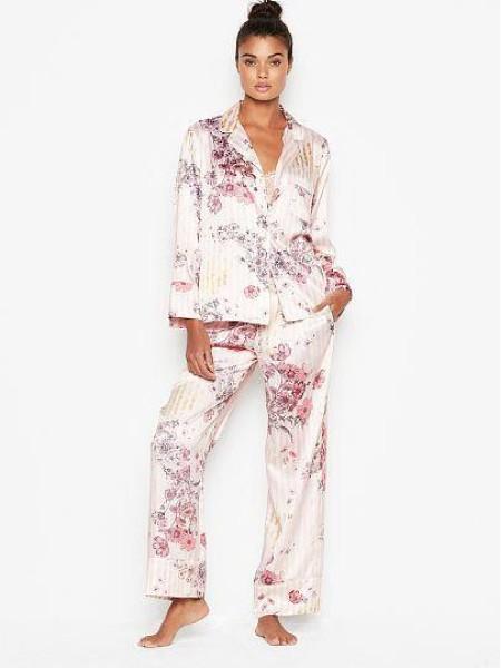 Сатиновая пижама Victoria's Secret The Satin Long PJ Set Light Pink Floral Stripes