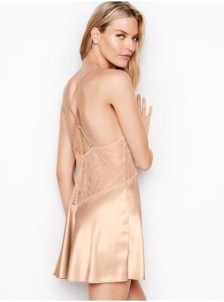 Пеньюар Victoria's Secret Lace Plunge Slip Sweet Nougat